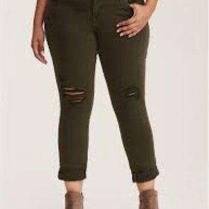 Style & Co Green Skinny Jean w/ Ripped Knees NWT